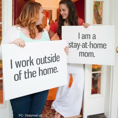 Who is better – Working Moms Vs Stay at home Moms