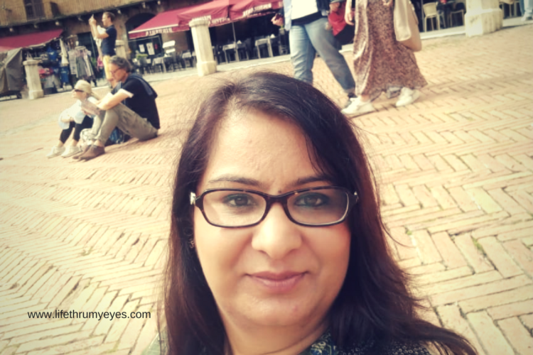 The Original Knit- A Story of Leading Mompreneur Kanchan Vaidya