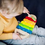 Pick up the right kind of toys for your toddler